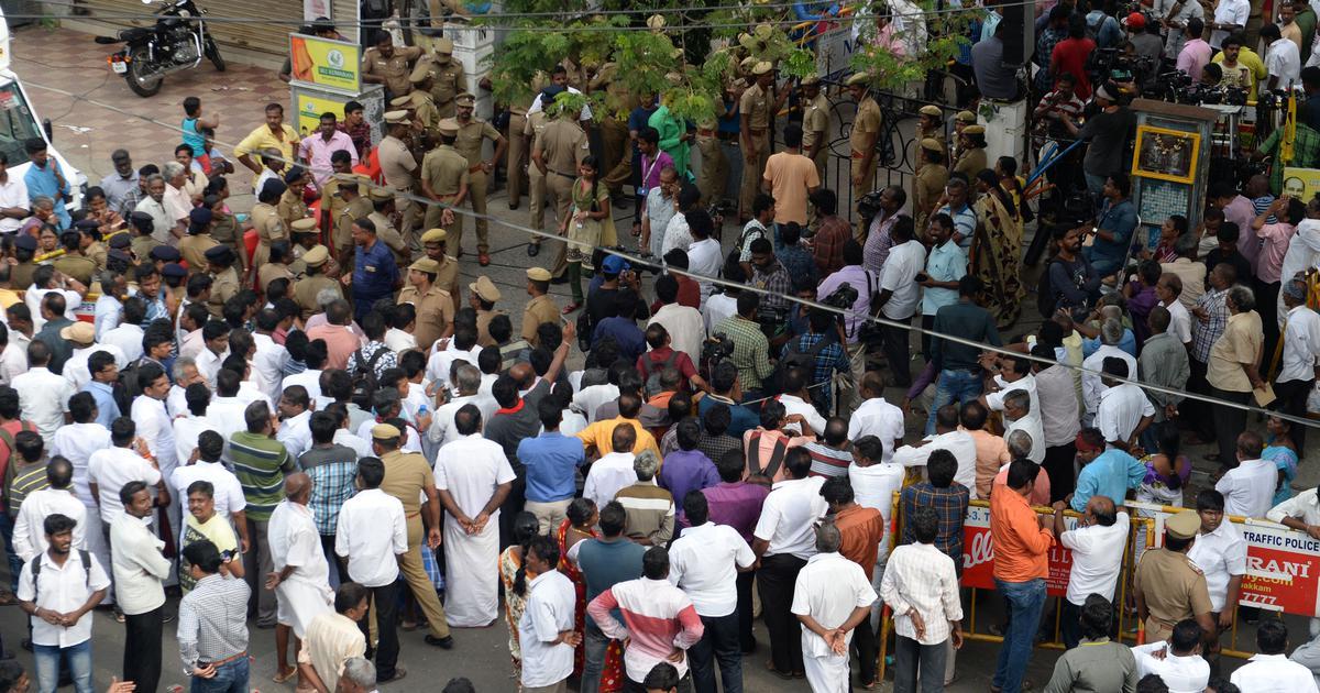 Tamil Nadu: DMK leaders urge supporters to not incite violence over Karunanidhi's health