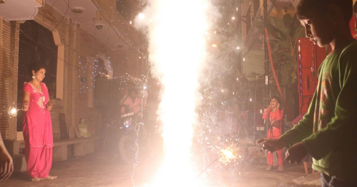 Delhi: Supreme Court to decide on complete ban on firecrackers