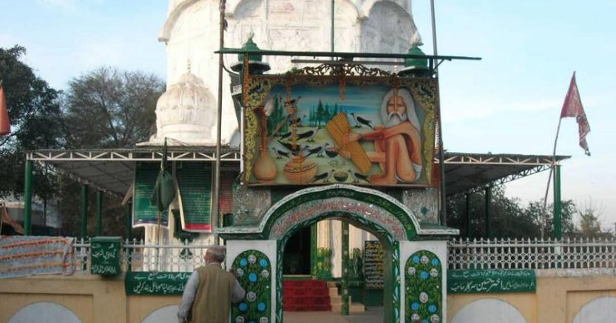 The two worlds of Pakistani culture – one that abuses animals and another that holds them sacred