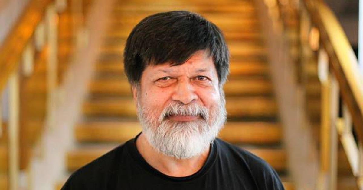Bangladesh: Photographer Shahidul Alam detained for posts supporting student protests, say reports