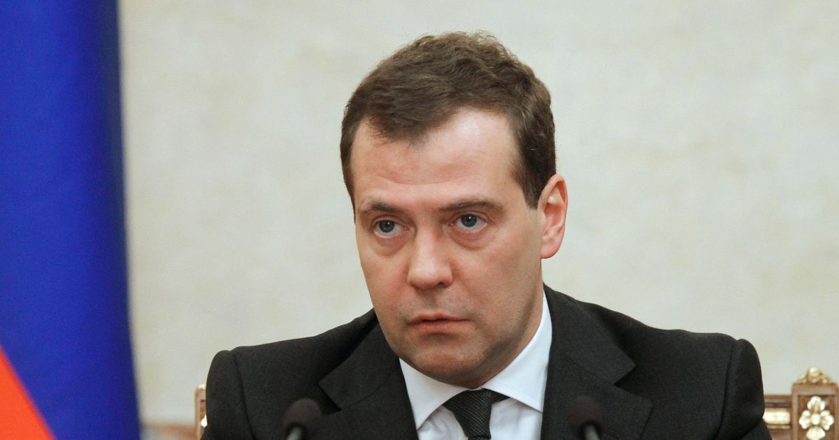 We will treat further sanctions as a 'declaration of economic war', Russian PM warns US