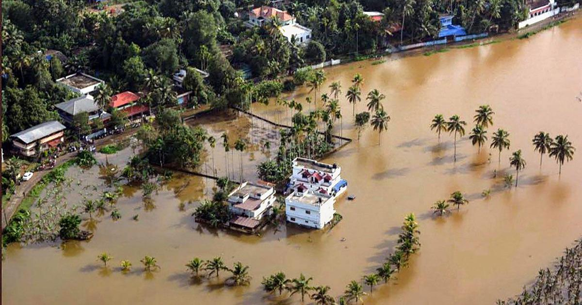 Three maps and a chart show how Kerala has flooded repeatedly this monsoon