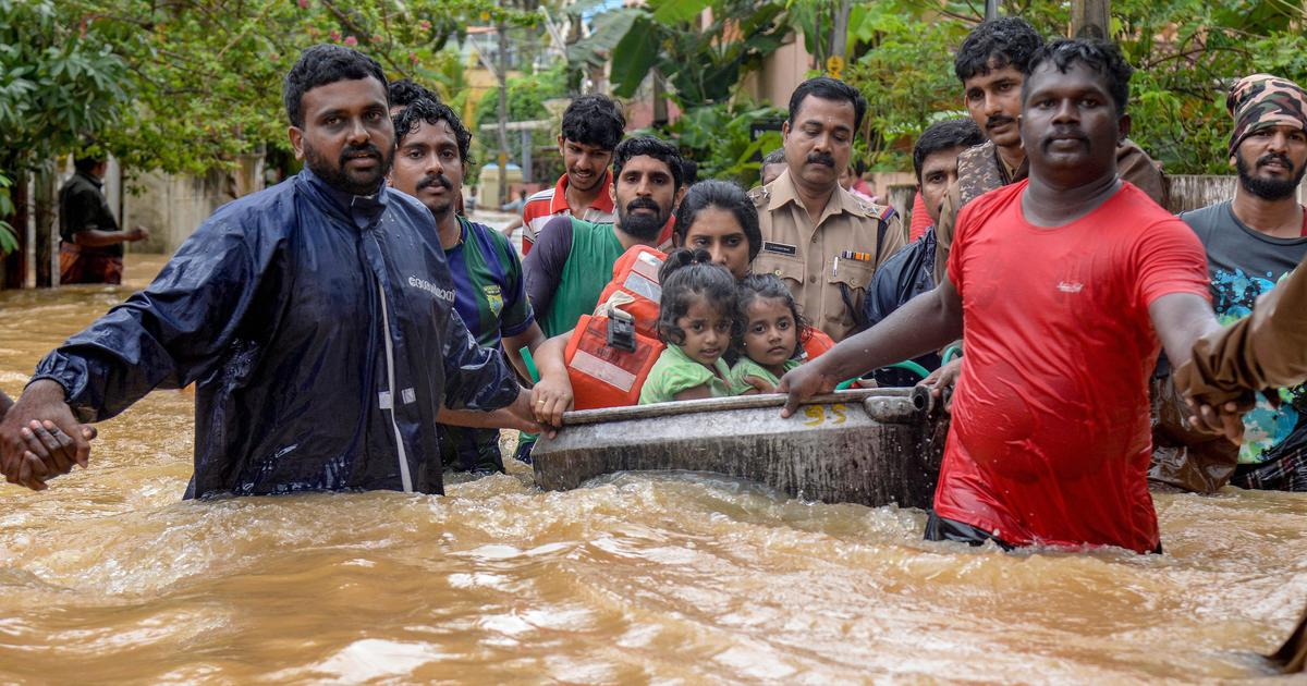 As Kerala battles flood, social media helps connect anxious relatives, coordinate relief efforts