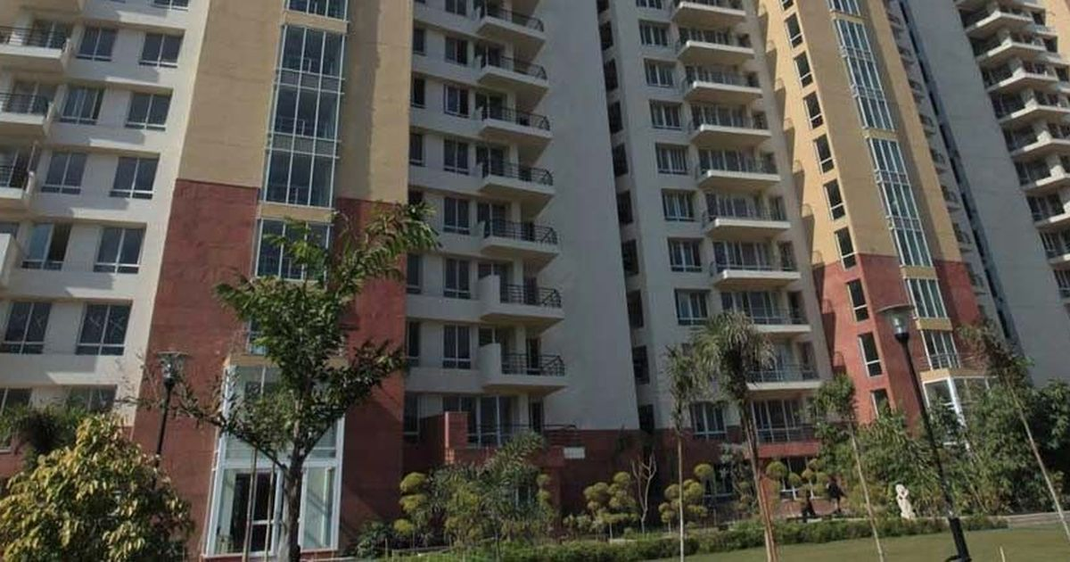 Supreme Court orders sale or auctioning of Unitech's unencumbered assets to refund home buyers