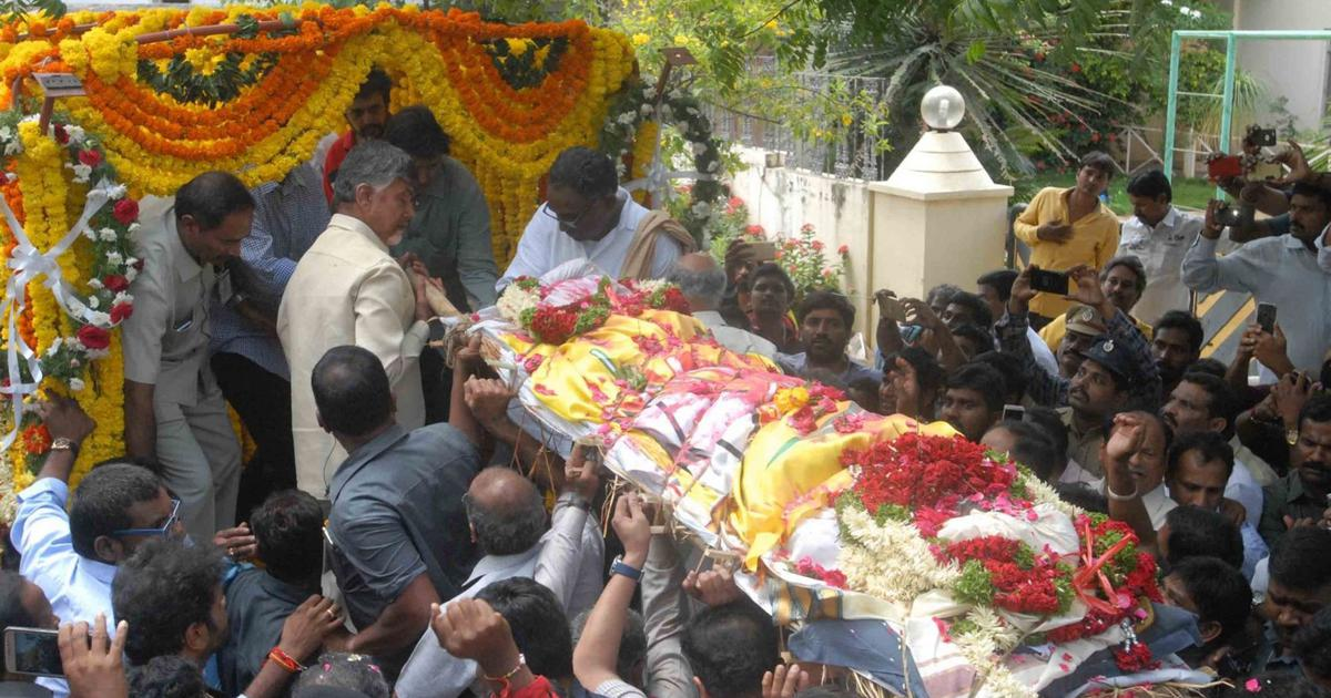 Hyderabad: Hospital sacks four employees for selfie with body of TDP leader Nandamuri Harikrishna