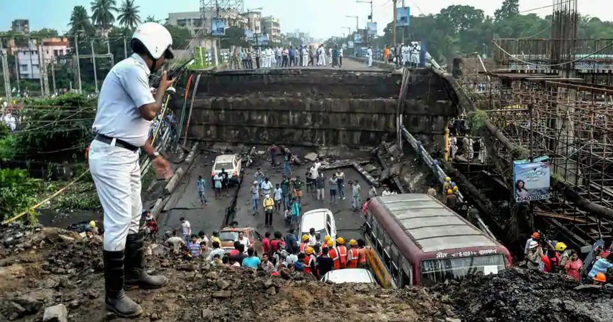 Kolkata bridge collapse: Man riding pillion dead, student jumped off bus before disaster struck