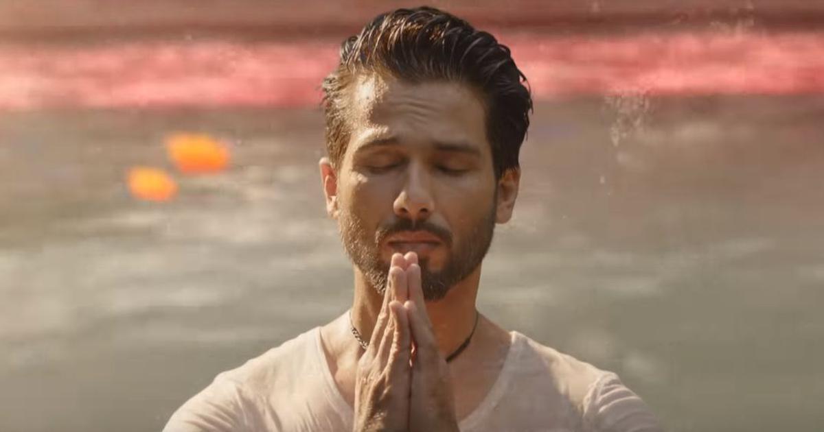 In 'Har Har Gange' from 'Batti Gul Meter Chalu', Arijit Singh sings a paean to the Ganga
