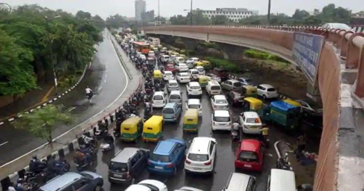 Delhi: Heavy rain causes water-logging, disrupts traffic and flight operations