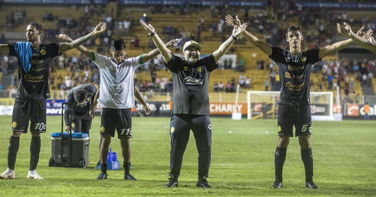 Maradona's Mexican coaching debut off to good start as Dorados win 4-1