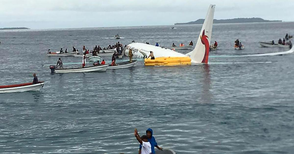 Papua New Guinean flight crashes into the Pacific Ocean after overshooting runway in  Micronesia