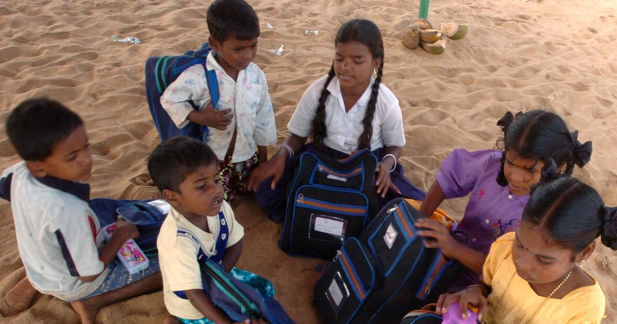 No homework, no school bags heavier than 1.5 kg for students of Classes 1 and 2, says HRD Ministry