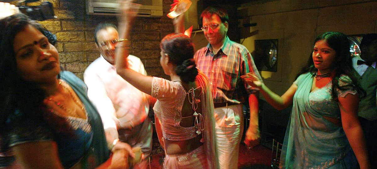 Dance bars in Maharashtra: SC strikes down stringent rules, says there should not be a total ban