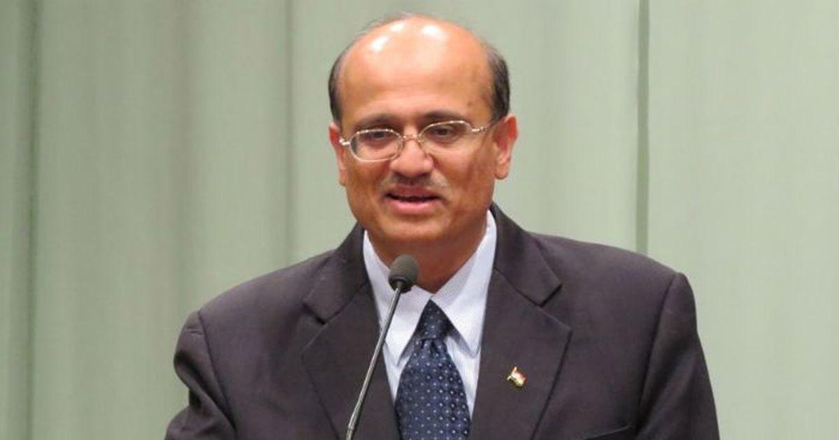 India warns Pakistan envoy after Islamabad's phone call to Hurriyat leader