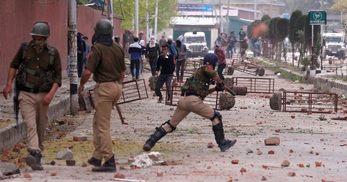 SC issues notice to Centre, J&K government on plea to protect human rights of armed forces