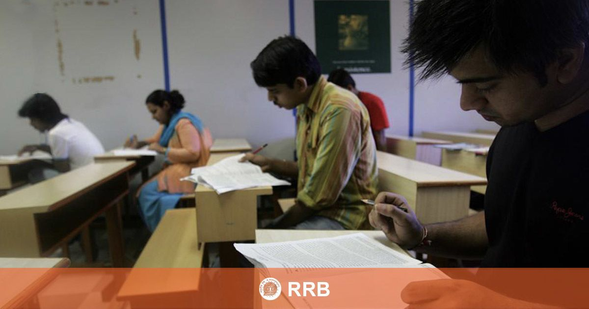 RRB JE Recruitment 2019: Language change option activated at regional websites