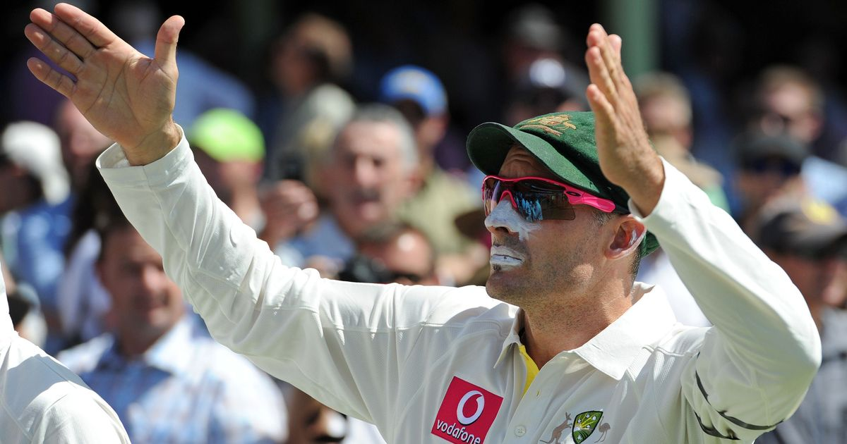 Australia draft in Mike Hussey as mentor for T20 series against Sri Lanka and Pakistan