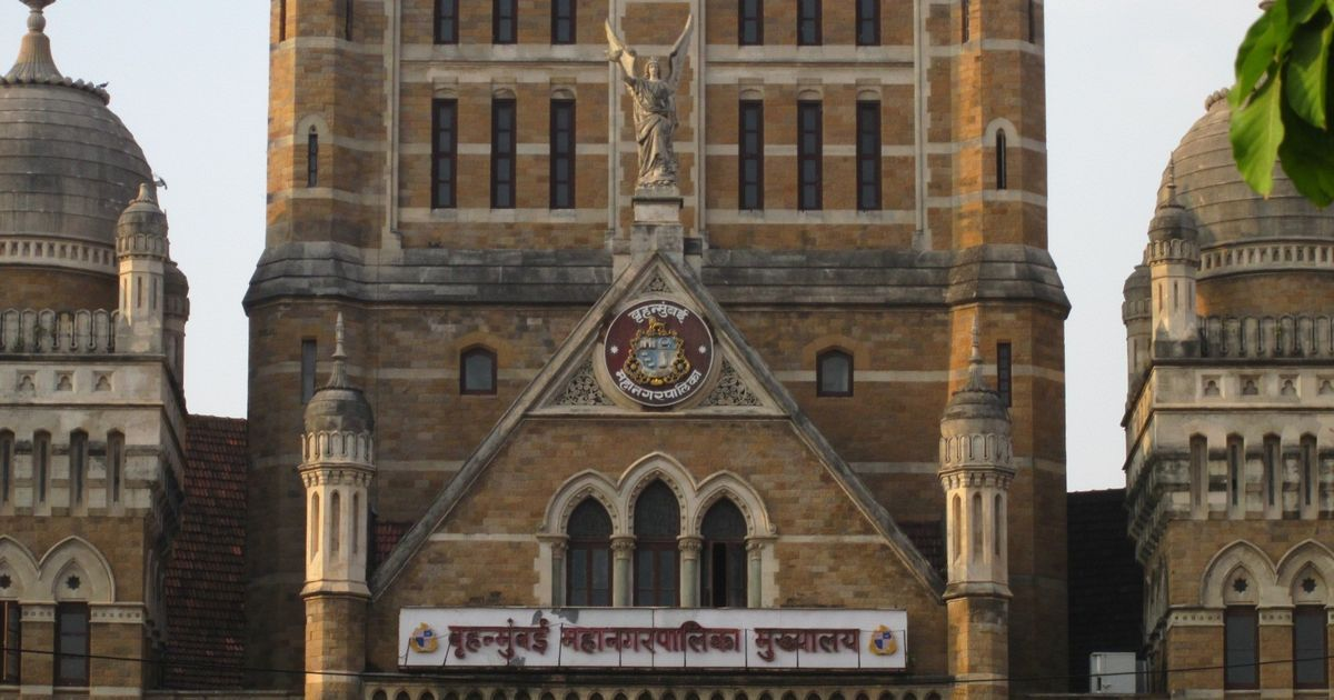 Mumbai: I-T searches on BMC civil contractors find financial irregularities worth Rs 735 crore