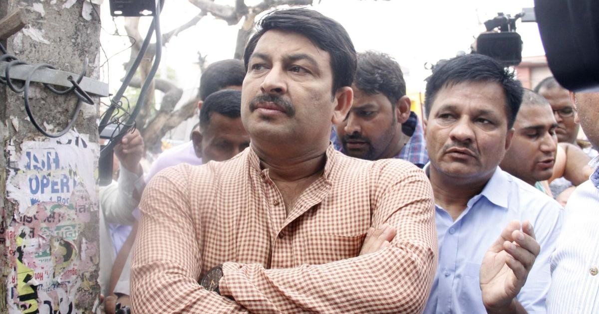 'Gave up in 2 hours,' says AAP as BJP leader retracts statement naming Manoj Tiwari as Delhi CM face