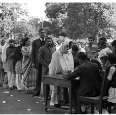 Rare Films Division newsreel about India's first election, 1951