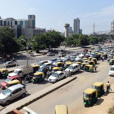 Commercial vehicles entering Delhi to pay environment charge