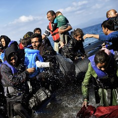 EU, Turkey strike deal to curb migrant crisis