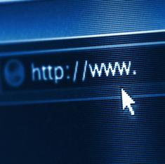 No, the EU is not going to make hyperlinks illegal