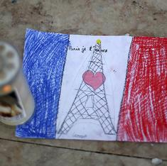 How social media shaped our understanding of the Paris attacks