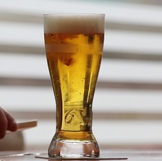120-year-old beer discovered by sea diver is still drinkable, say researchers