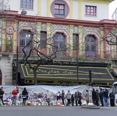Paris attacks: Singer of band that played at Bataclan says everyone should have guns