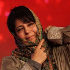 Mehbooba Mufti invites  journalists to dinner, but gives them little to chew on