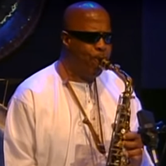 Listen to jazz artist John Handy's collaborations with India's classical music greats