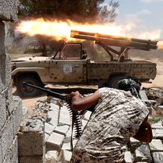 Libyan troops take over landmark convention centre in Sirte from Islamic State group