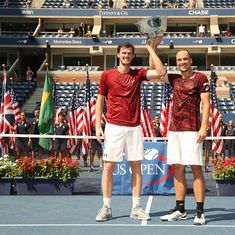 US Open 2016: Jamie Murray (that's Andy's brother) and Bruno Soares win men's doubles 6-2, 6-3