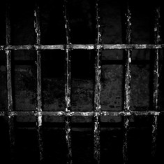 Death behind bars: 1,700 died in overcrowded Indian prisons in 2014
