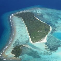 Maldives fights rumours of island sales to Saudi Arabia with a clampdown on the media, critics