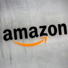 As Flipkart slips, Amazon is tightening its grip on India's mobile shoppers