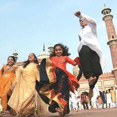 In photos: Moon sighting marks the start of Eid-ul-Fitr celebrated across the globe