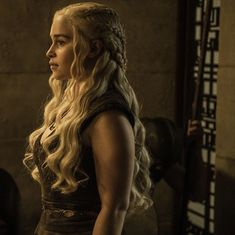 A history lesson for the warring women of 'Game of Thrones': The defender is the winner