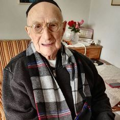 World's oldest man and Holocaust survivor Yisrael Kristal dies at 113, say reports
