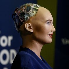 Robot with Saudi Arabian citizenship has 'more rights than women' in the country, say Twitterati