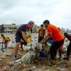 Days after Mumbai lawyer calls off cleanup drive at Versova Beach, Centre and CM offer support