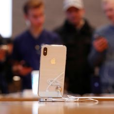Apple says it slows down old iPhones to prevent unexpected shutdowns