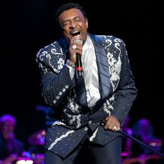 Dennis Edwards, former lead singer of 'The Temptations', dies at 74 in Chicago