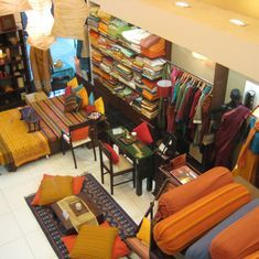 Khadi commission asks Fabindia to pay Rs 525 crore as damages for 'illegally' using khadi tag