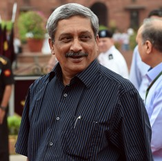 Narcotics are smuggled into Goa as it is a tourist state, there is no drug mafia: Manohar Parrikar