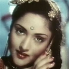 Dance and drama: Vyjayanthimala is at her sinuous best in 'Nagin'