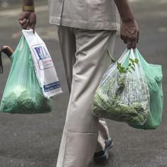 Maharashtra: Traders threaten to go on strike in protest against plastic ban