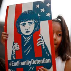 US judge orders temporary halt to deportations of reunited immigrant families