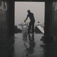 Watch: 'Baraf' shows Mumbai's ice haulers hard at work