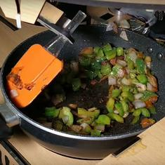 Entrepreneurs in Bengaluru have built a robot chef for Indian kitchens